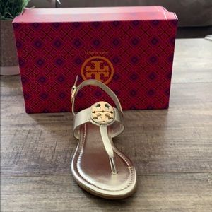 New Tory Burch Spark Gold Sandal Size 6.5